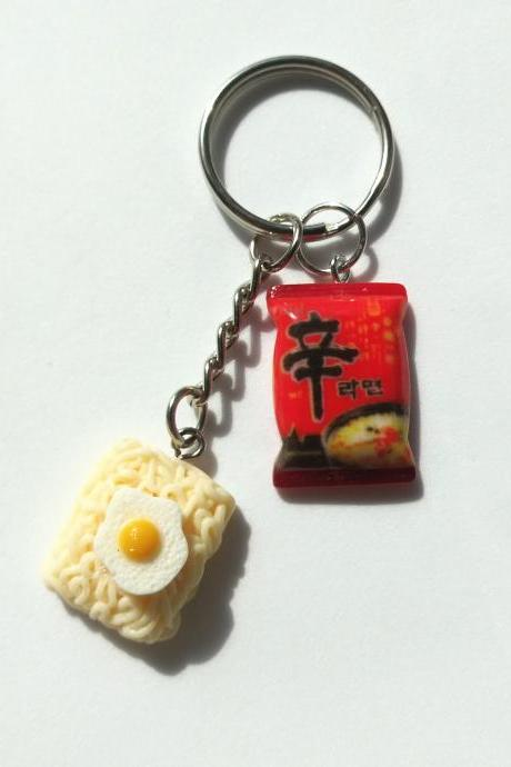 Korean Shin辛 noodles with fried egg ramen noodles keychain, funny keychain, miniature food keychain