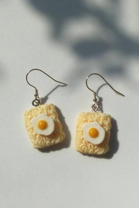 Fried egg ramen noodles earrings, funny earrings, Sliver 925 earrings